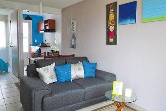 Sala con excelente iluminación de casa Onix Plus