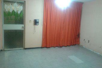 Recamara de casa usada en Los Héroes Ixtapaluca con amplios espacios.