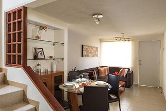 Casa modelo Cipres 2r  en Los Héroes Chalco con excelente distribución de espacios